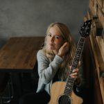 portraet-ama-pola-solo-gitarre